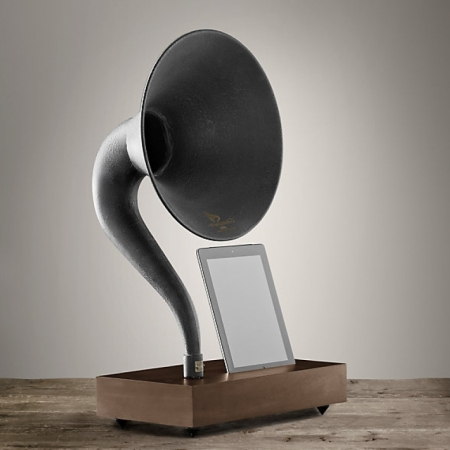 Предметы декора Restoration Hardware Gramophone For iPad®